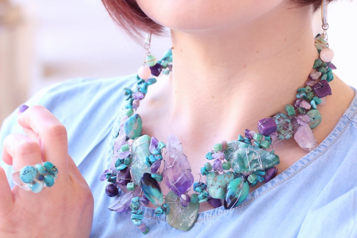 Amethysts and turquoises necklace